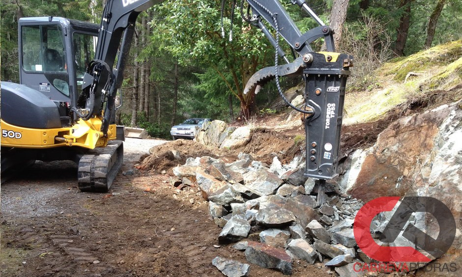 demolicao de rocha 02 - Demolição de Rocha - Equipamentos e Mão de Obra Especializada