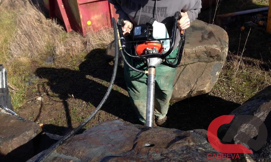 demolicao de rocha 07 - Demolição de Rocha - Equipamentos e Mão de Obra Especializada