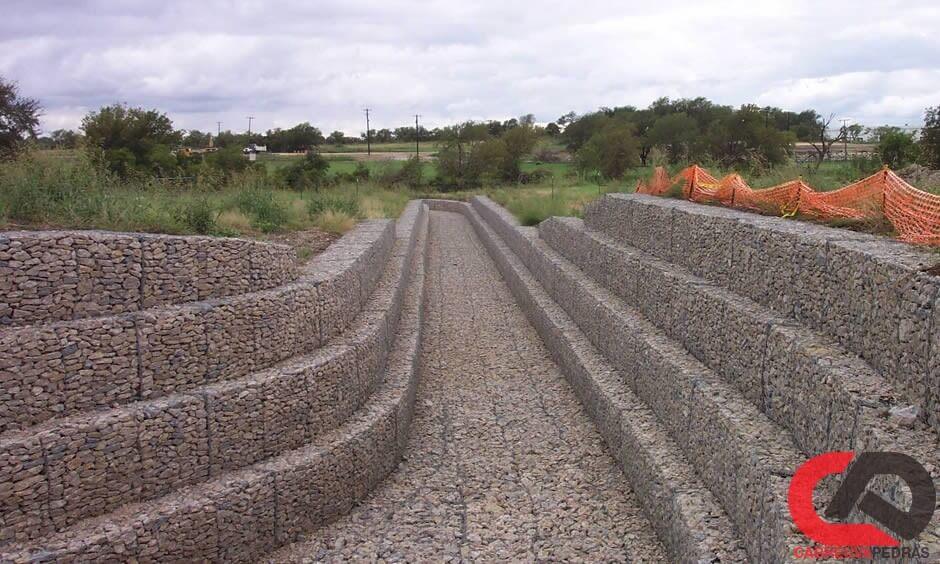 gabiao 04 - Muro de Gabião - Material e Mão de Obra Especializada