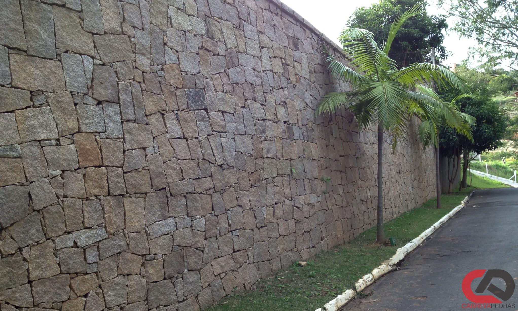 muro de pedra 04 - Muro de Pedra - Material e Mão de Obra Especializada