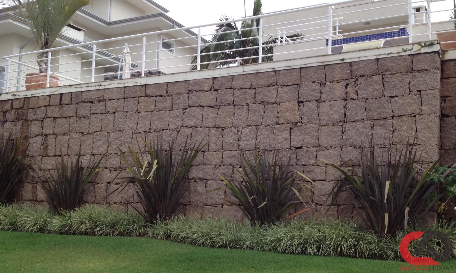 muro de pedra 06 - Muro de Pedra - Material e Mão de Obra Especializada