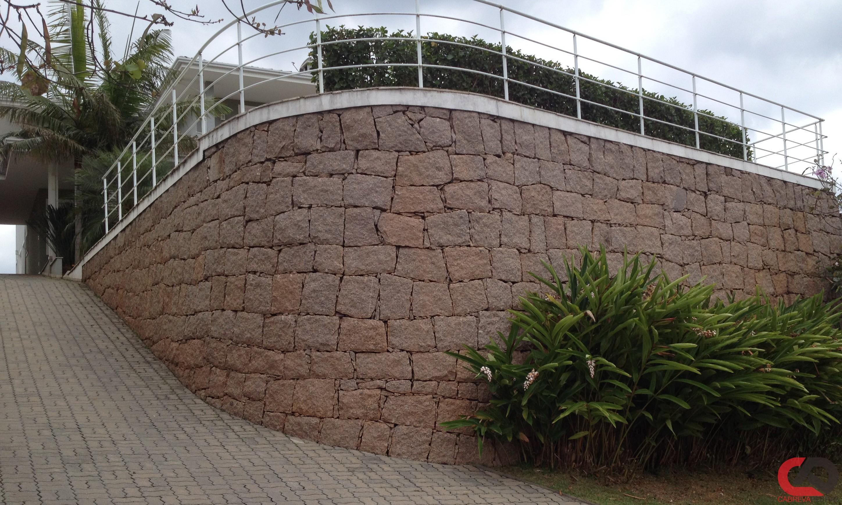 muro de pedra 07 - Muro de Pedra - Material e Mão de Obra Especializada
