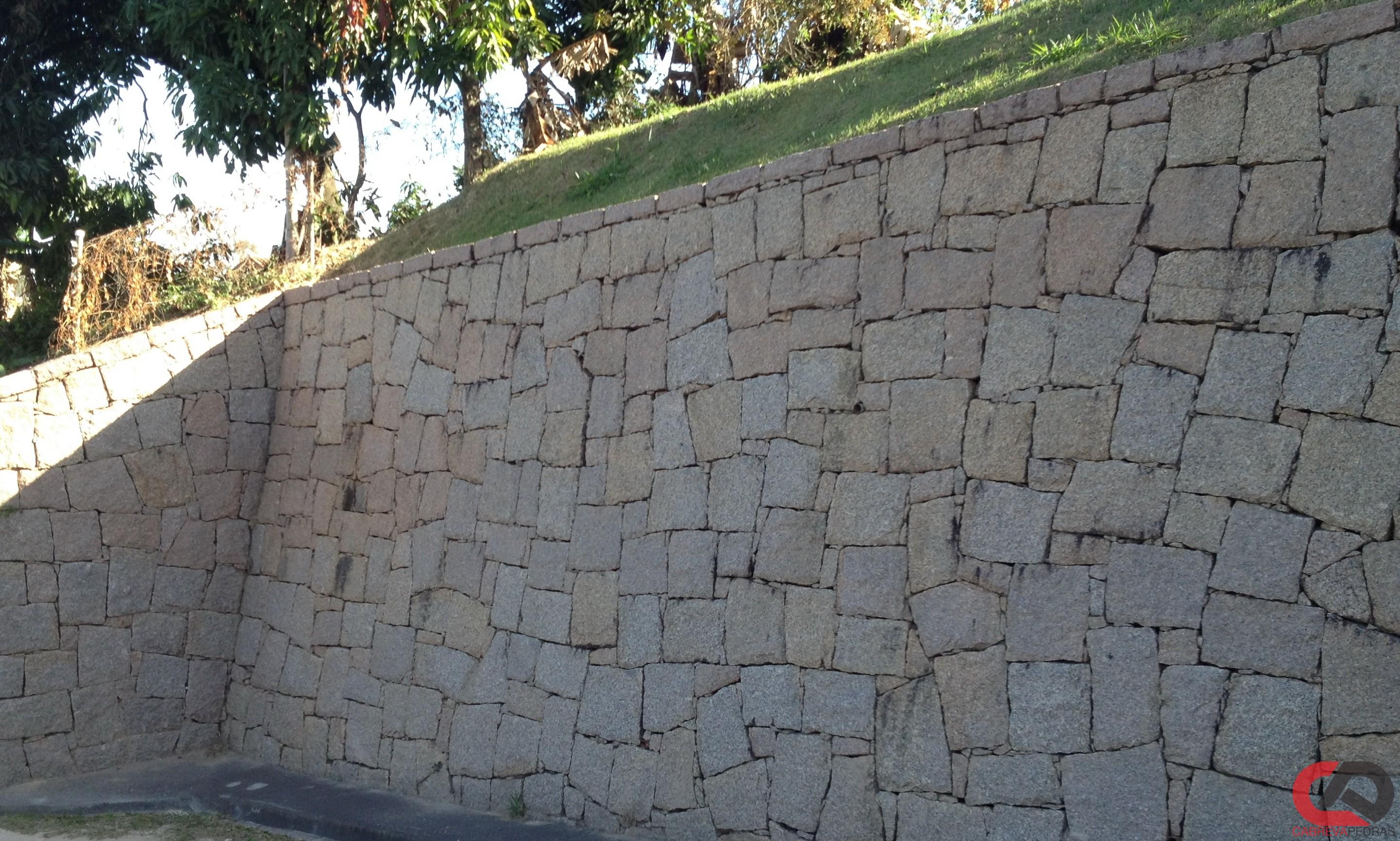 muro de pedra 10 - Muro de Pedra - Material e Mão de Obra Especializada